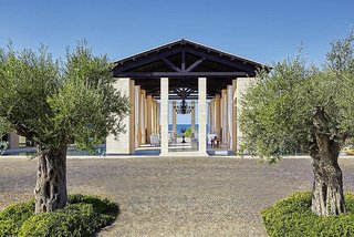 The Romanos Costa Navarino 5*, Messinia