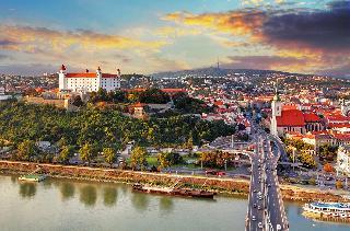 Bratislava in Nežidersko jezero