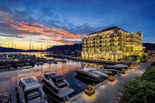 Regent Porto Montenegro 5*, Tivat