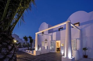 Aressana Spa Hotel and Suites (ex: Aressana) 4*, Thira (Fira)