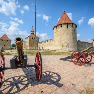 Vzhodnoevropski dvojček; obala črnega morja v Odesi in okusi Moldavije
