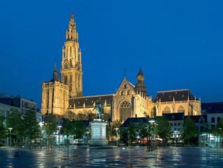 Evropsko in čarobno: Bruselj in čarobni Brugge