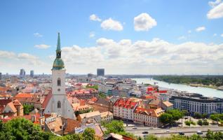 ŠTIRI EVROPSKE PRESTOLNICE: Dunaj, Praga, Bratislava, Budimpešta