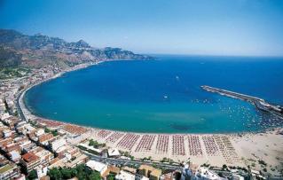 Sicilija – otok v srcu Sredozemlja, z bogato zgodovino, miti in legendami