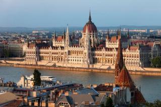 Mesta ob mogočni Donavi