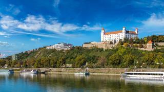 BRATISLAVA IN DUNAJ (s katamaranom od Bratislave do Dunaja)