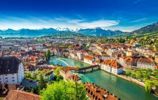 Švica - dežela med Alpami