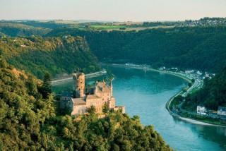 Razkošje Rena in romantična mesta